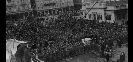 Crowds in Trieste